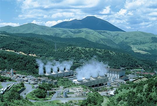 八丁原地熱発電所.jpg